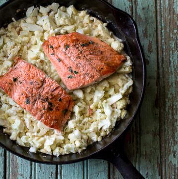 thyme rubbed salmon with cauliflower rice