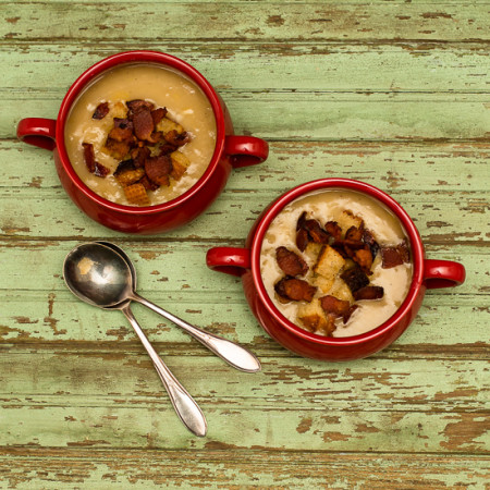 Slow Cooker Potato Leek Soup with Bacon Croutons