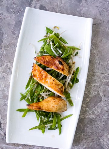 Chile Chicken and Snow Peas Salad