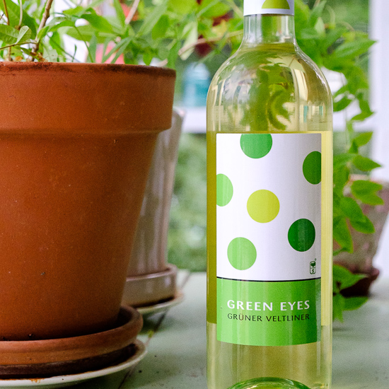 Love Over Money Green Eyes Grüner Veltliner