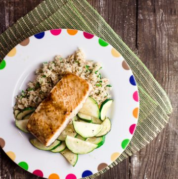 Honey glazed salmon with zucchini and bulgur pilaf
