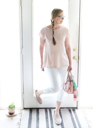 Adding an Accent Color to Your Capsule Wardrobe