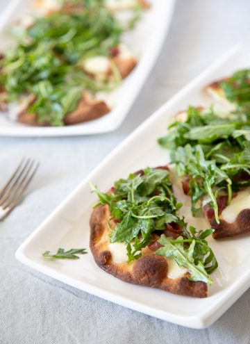 Prosciutto Pizza with Arugula