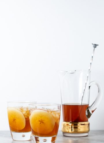 Two glasses with Apple Maple Dark and Stormy
